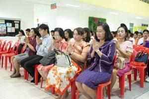 กิจกรรมทําบุญตักบําตรและกิจกรรมขึ้นปีใหม่ ปี 2563 คณะพยาบาลศาสตร์ มหาวิทยาลัยราชภัฏเพชรบุรี