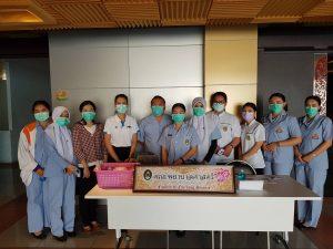 คณะพยาบาลศาสตร์ลงพื้นที่คัดกรองโรค COVID-19 ในกิจกรรมปัจฉิมนิเทศนักศึกษาหลักสูตรครุศาสตร์บัณฑิต(ชั้น 5 ปี) หลักฝึกประสบการณ์วิชาชีพครู ปีการศึกษา 2562 วันที่ 6 มีนาคม 2563 ณ ห้องประชุม เอกศักดิ์บุตรลับ