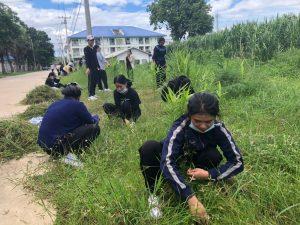 นักศึกษากองทุน กยศ.คณะพยาบาลศาสตร์และวิทยการสุขภาพร่วม กิจกรรมสาธารณประโยชน์ ปรับปรุงพื้นที่แปลงพืชสมุนไพร